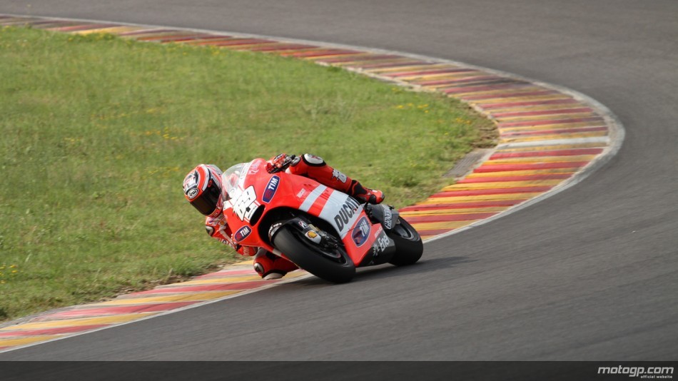 """""""Je suis satisfait des progrès que nous avons réalisés sur la moto depuis notre premier test à Jerez"""""""